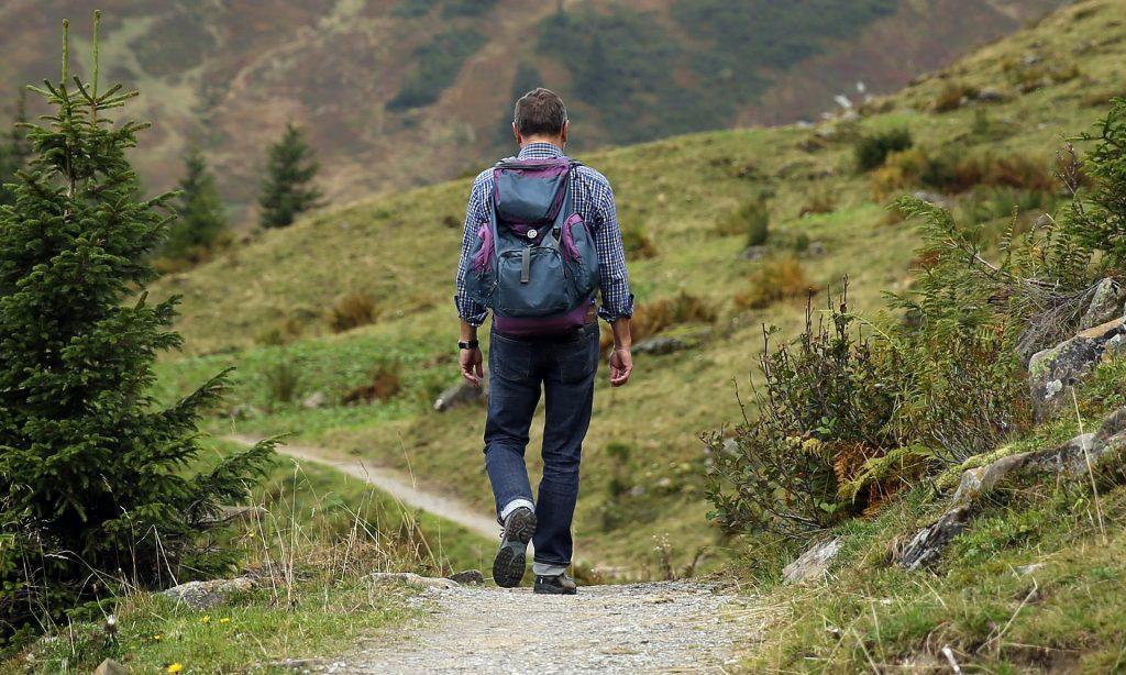 wybór odpowiednich butów na wycieczki w góry